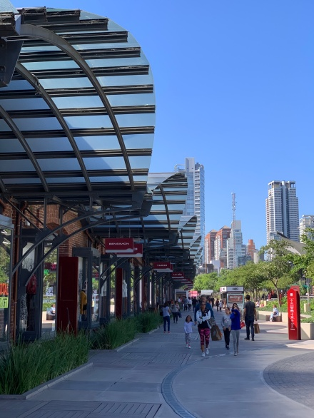 Compras no Arcos District Outlet em Palermo - Buenos Aires